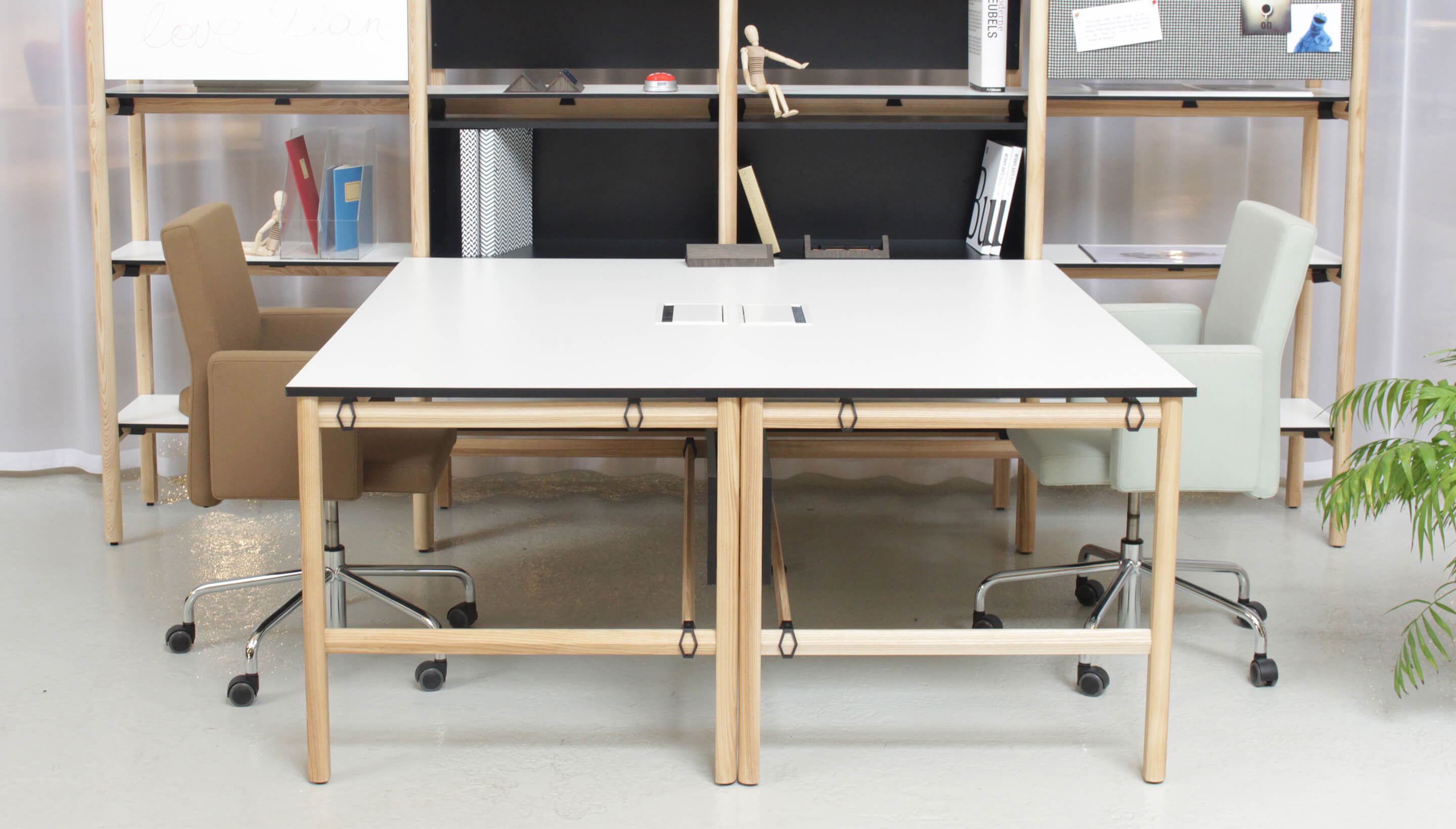 Bulo Dan | Single combination desk and rack, with box