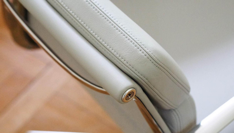 Vitra Soft Pad Chairs EA 215 / 216