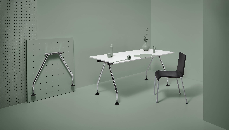 Refurbished Vitra Ad Hoc Schreibtisch | ALL BLACK